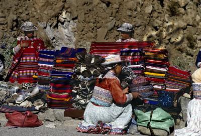 La mujer inca confeccionaba los vestidos